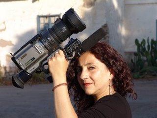Elena Varela, presa y perseguída políticamente por el estado chileno. Se atrevió a grabar la violación a los derechos indígenas por parte de la concretación chilena de partidos por la democracia.