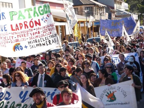 Manifestación anti represas - Patagonia chilena.