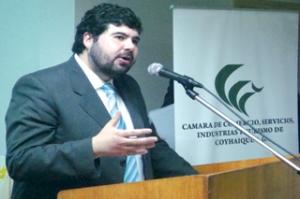 Alejandro Gonzalez Puchi, presidente de la Cámara de comercio de Coyhaique. Foto tomada de : www.cns.cl